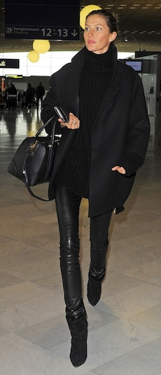 All-black: der Statement-Look zum Nachstylen